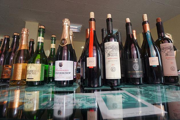 829090370 - В России выросли ставки акцизов на крепкий алкоголь, вино и пиво