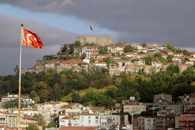 Турция не примет в июне туристов из России и других стран с большим числом случаев COVID-19