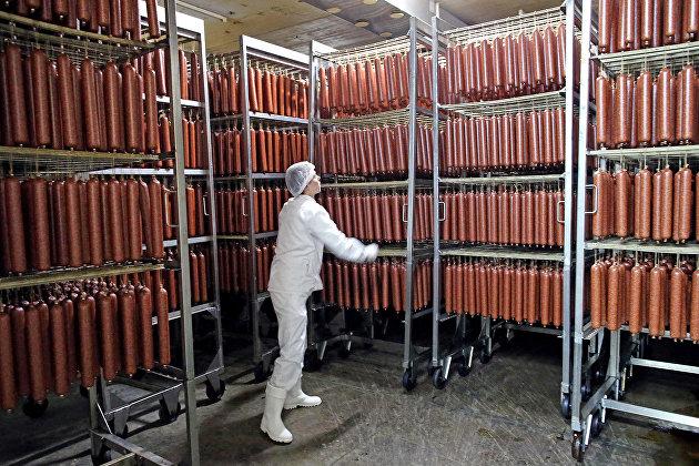 Производители заявили о скором росте цен на колбасы и полуфабрикаты