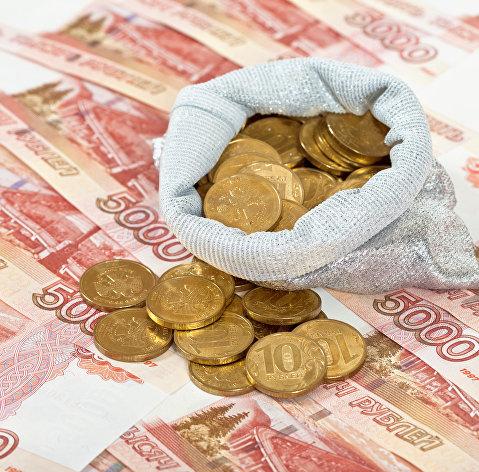 Рубль укрепляется третий день подряд на интересе к ОФЗ и стабильной нефти