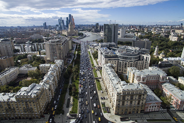 % Москва в преддверии Дня города
