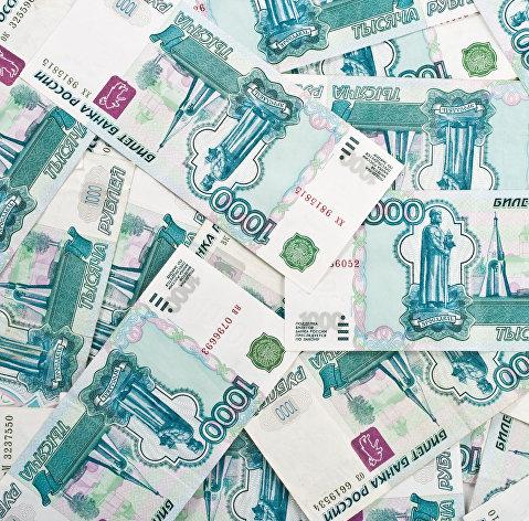 Рубль ускоряет рост на внутреннем позитиве, доллар уже по 63 рубля