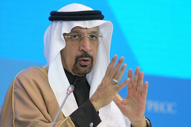 Минэнерго саудитов: ОПЕК+ ждет излишек предложения нефти в 2019 г для возвращения к сокращению добычи