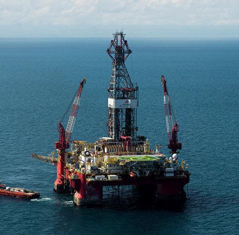 # Нефтедобывающая платформа в Мексиканском заливе. Архивное фото