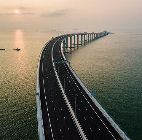 %Мост между городами Гонконг, Макао и Чжухай