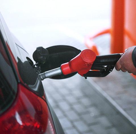 Цены на бензин в России за неделю выросли в среднем на 0,2%