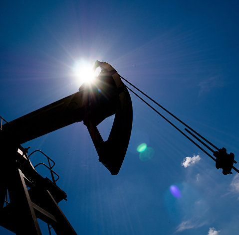 Минэнерго США понизило прогноз по добыче нефти и ее цене