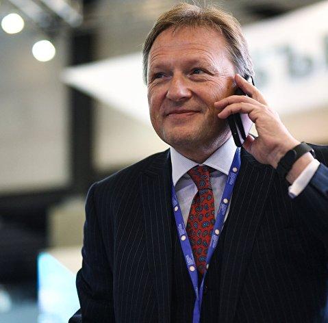 Титов предупредил Мишустина об угрозе волны банкротств