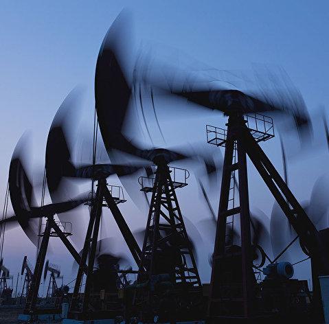 Нефть в плену геополитики: котировки продолжат рост