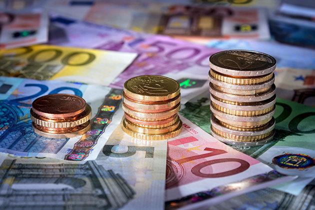 829510633 - ЕК рекомендует странам ЕС расширять использование евро в сделках в сфере энергетики