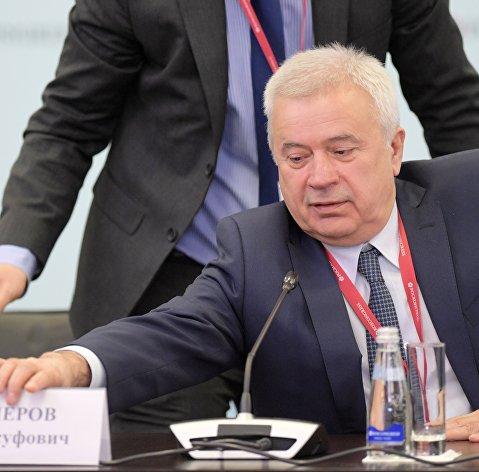 """Генеральный директор компании """"Лукойл"""" Вагит Алекперов"""