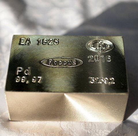 Палладий впервые превзошел максимальную стоимость золота