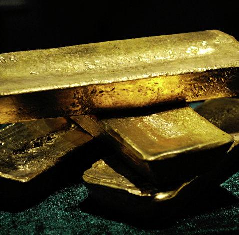 Цена золота несколько ускорила рост на ситуации с коронавирусом
