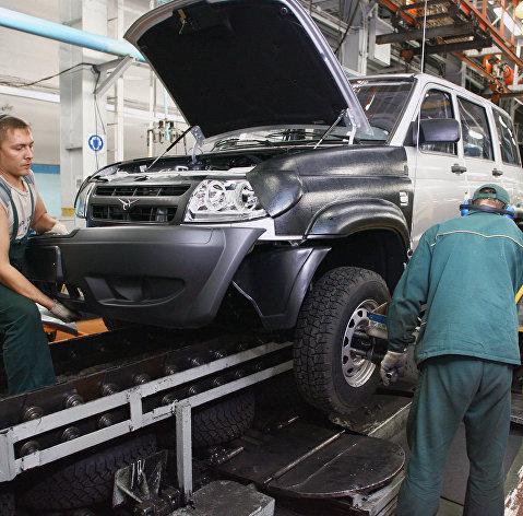 Кабмин выделит 25 млрд рублей на поддержку автопрома