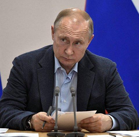 Путин: Совсем завинтить цены на топливо опасно