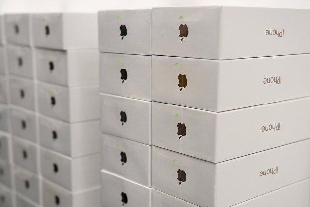 Новые iPhone ждут своих покупателей
