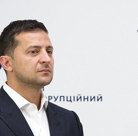 Зеленский заявил, что без международной помощи Украине грозит дефолт