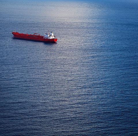 Атака на иранский танкер в Красном море привела к сильному загрязнению среды