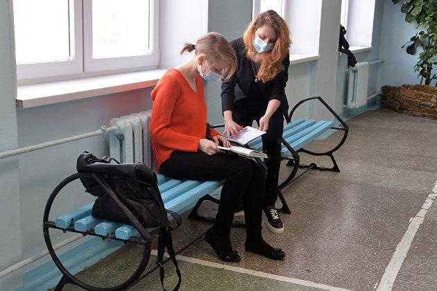 Треть россиян продолжает ходить на работу в случае болезни