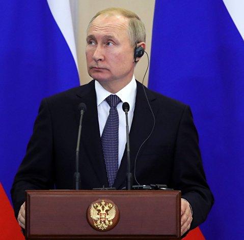 Президент РФ В. Путин встретился с президентом Республики Сербия А. Вучичем в Сочи