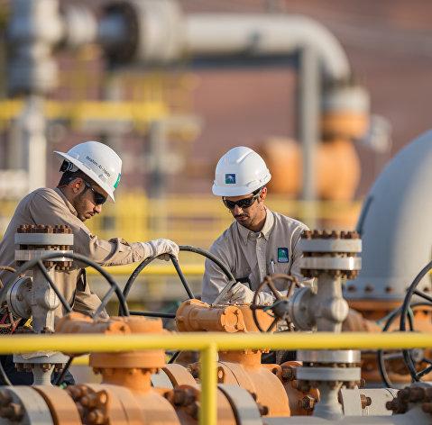 Эр-Рияд намерен в апреле увеличить добычу нефти до 10 млн баррелей в сутки