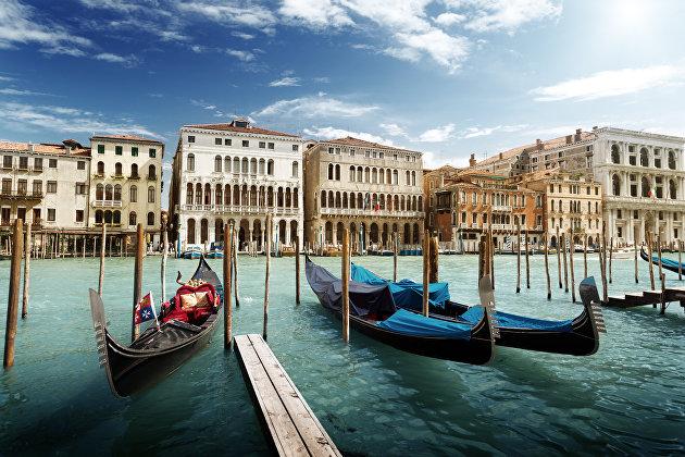 Лето не будет нормальным для туризма в Евросоюзе из-за борьбы с коронавирусом
