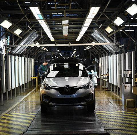 Новым гендиректором группы Renault назначен экс-глава Seat Лука де Мео