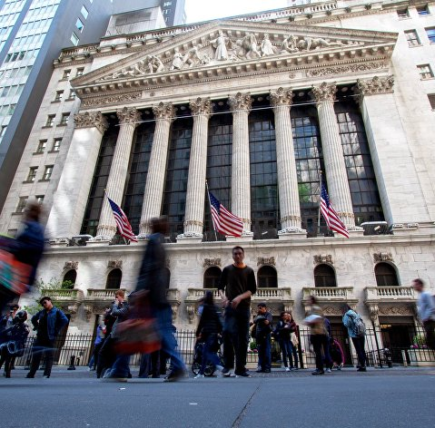 Фондовые индексы США снижаются на внутренней статистике