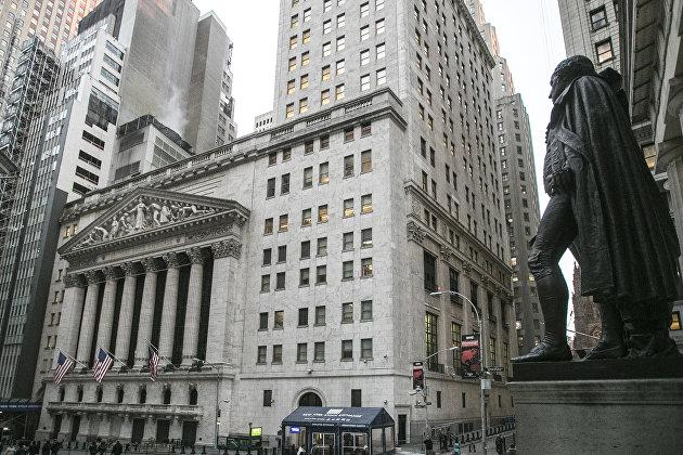 Фондовые индексы в США опускаются перед президентскими дебатами