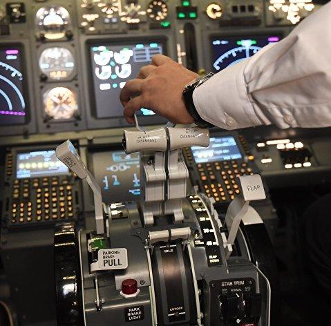 Кабина пилота Boeing
