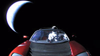 Кабриолет Tesla Roadster, выведенный на орбиту ракетой-носителем Falcon Heavy американской компании SpaceX