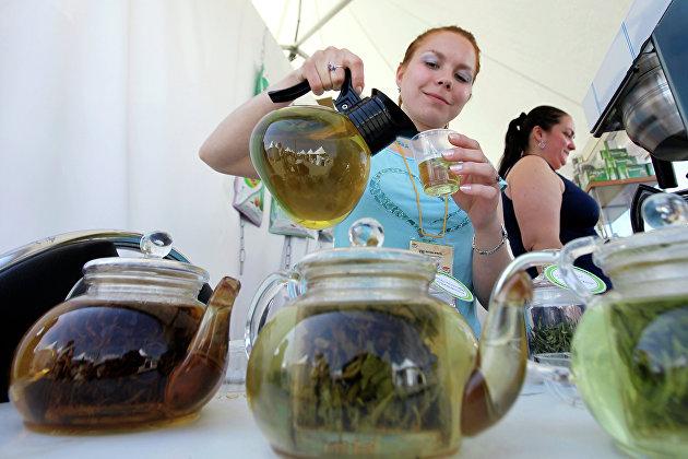 831307164 - Продажи чая и сладостей в России выросли в сентябре