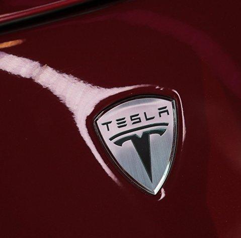 Tesla возобновляет работу на заводе в Калифорнии