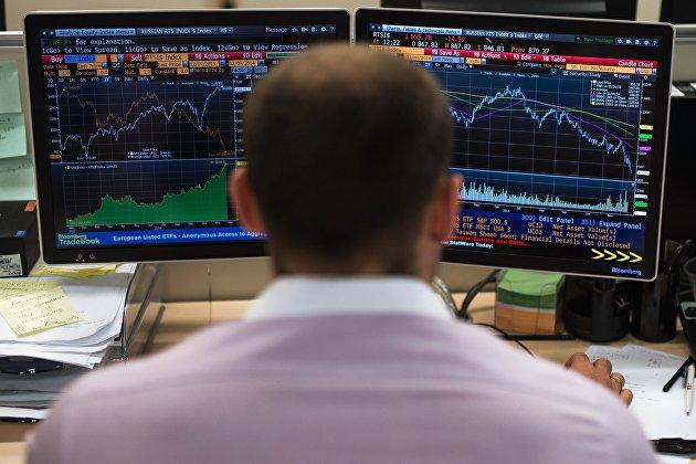 Рынок акций России растет по основным индексам на внешнем позитиве