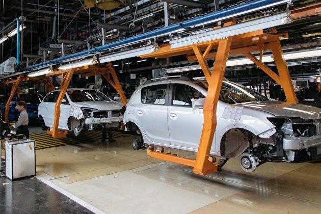 """""""АвтоВАЗ"""" перестал ставить ЭРА-ГЛОНАСС на машины из-за дефицита микрочипов у производителей"""