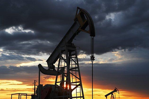 831436030 - Нефть дешевеет в среднем на 3,5% на фоне новых карантинных мер