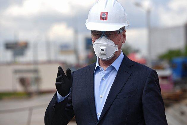 Собянин: снижение числа мигрантов в Москве привело к недостатку рабочих в городских службах