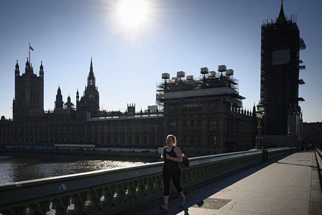 831534972 - ВВП Британии в 2020 году может упасть на 10% из-за COVID-19