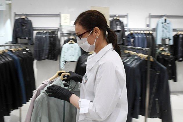 831544640 - Минпромторг: масок и перчаток в России хватит всем