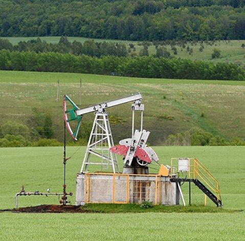 Добыча нефти в России в июне снизилась к маю на 0,8%