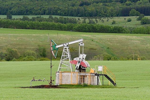 Цена нефти Brent упала ниже $39 за баррель впервые со 2 октября