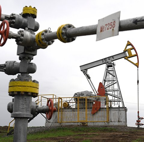 Нефть продолжает дорожать в рамках коррекции