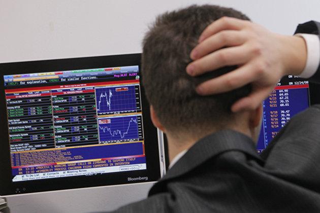 831626381 - Российский рынок акций вырос, обновив максимумы