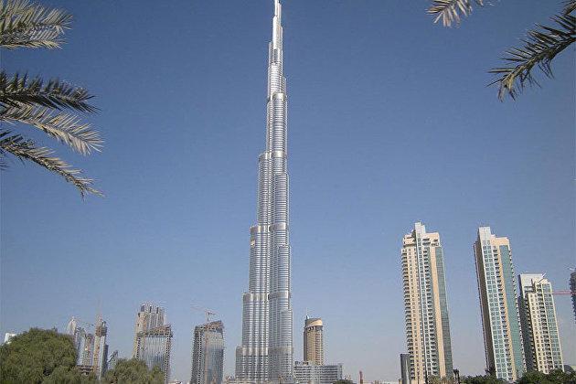831842765 - ОАЭ повышают цены на нефть вслед за саудитами