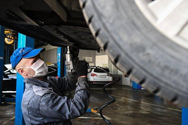 Эксперты рассказали о росте спроса на автотовары в России в октябре