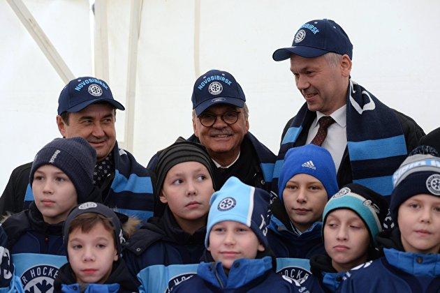 Началась подготовка к молодежному ЧМ-2023 по хоккею в Новосибирске