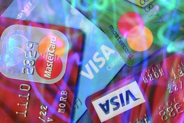 832221081 - Россияне в пандемию стали чаще пользоваться кредитками