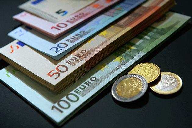 832246961 - Безработица в еврозоне в сентябре ожидаемо сохранилась на уровне 8,3%