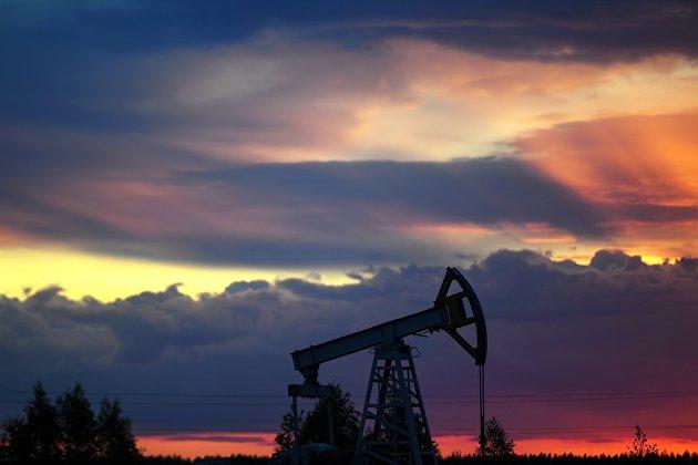 Фьючерсы на нефть WTI закрылись ниже отметки 60 долларов за барель