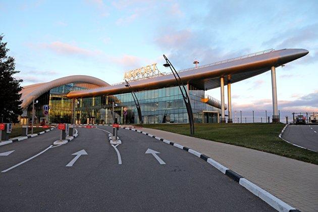 Вид на Международный аэропорт Белгород в Белгородской области